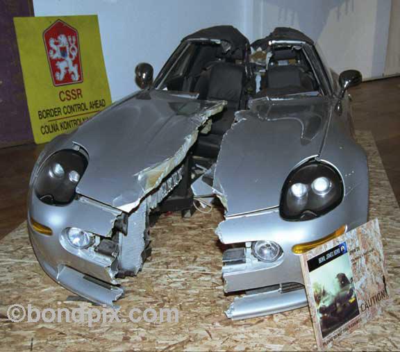 Bmw Z8 Replica: Bond James Bond Exhibition